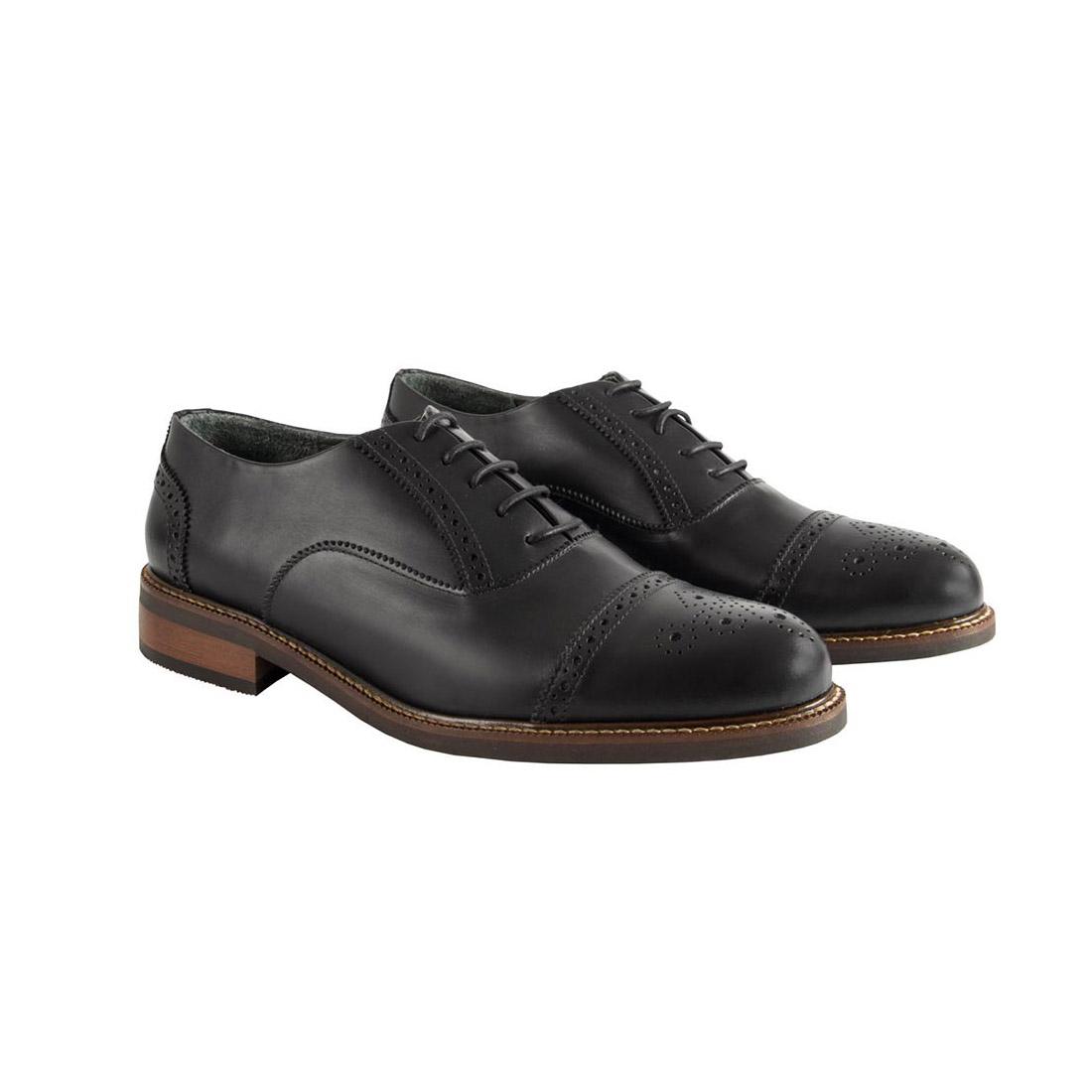 004-zapato-composition-e1563487553587